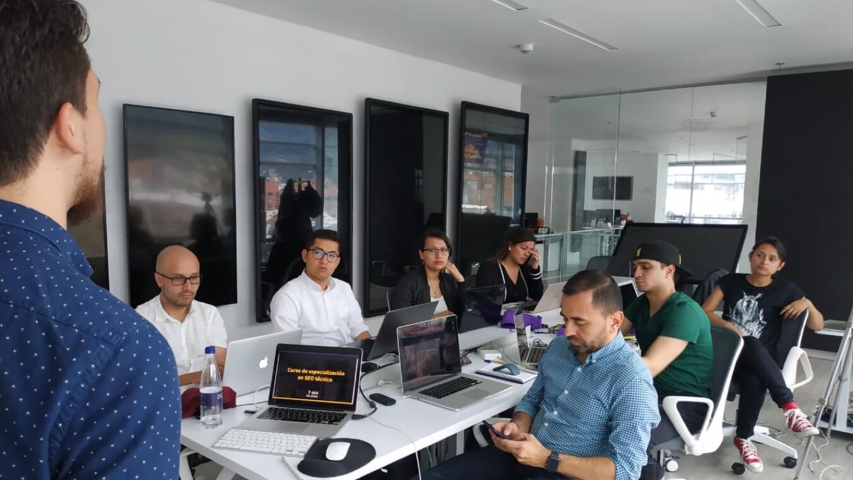 Estudiantes curso SEO Bogotá